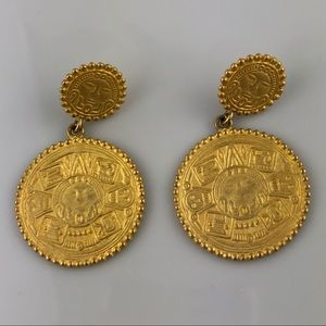 Vintage Gold Tone Aztec Inca Coin Clip On Earrings